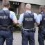 В Германии недовольный рождественскими подарками мальчик вызвал полицию