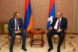 Acting Armenian PM, Karabakh President meet in Yerevan