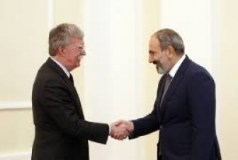Пашинян провел телефонную беседу с Болтоном: Карабахский вопрос не обсуждался