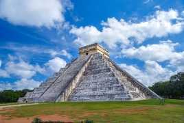 Archaeological treasure trove discovered under Chichen Itza