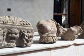 Syrian army recovers stolen artifacts from