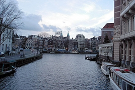 Netherlands imposes restrictions on Iranian students: report