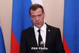 Armenian, Russian PMs talk Eurasian Council meeting details