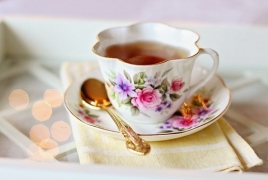 Very hot tea boosts risk of cancer, study finds