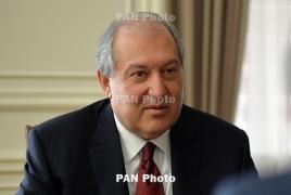 Президент Армении провел беседу с Назарбаевым