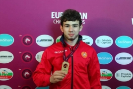 Armenian wrestler wins European Champion's title after 6-year break