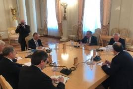 ՀՀ, Ադրբեջանի և ՌԴ ԱԳ նախարարների հանդիպմանը միացել են ՄԽ համանախագահները