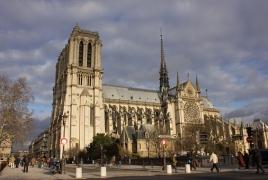 Новый шпиль Нотр-Дама будет современным: Франция объявила конкурс проектов