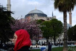 EU Commission frontrunner urges against Turkey's EU membership