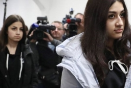 Хачатуряна посмертно обвинили в истязаниях и изнасилованиях дочерей