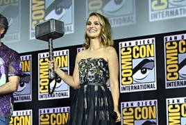 Natalie Portman will star as female Thor in