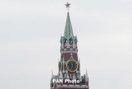 Russian pilots hailed as heroes after emergency landing in cornfield