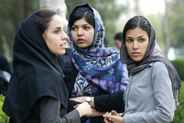 Iran allows women to pass citizenship to children
