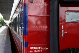 Armenia PM hosts Russian Railways CEO for investment talks