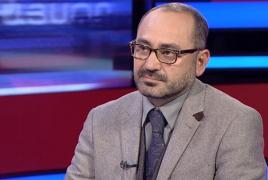 Директор ереванского зоопарка ушел в отставку после скандала с нападением собак на животных