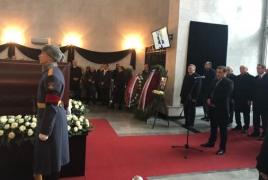 Գոհար Վարդանյանին հուղարկավորել են զինվորական կարգով. ՀՀ նախագահը հրաժեշտի խոսք է ասել