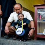 World's shortest man dies aged 27