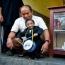 World's shortest man dies aged 27