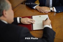 Վարչապետը նախագահին առաջարկել է ԶՈւ 2 պաշտոնյայի ազատել աշխատանքից