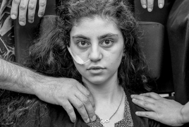Фото с армянкой претендует на премию World Press Photo