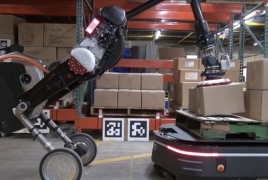 Boston Dynamics, OTTO Motors robots work together in warehouse