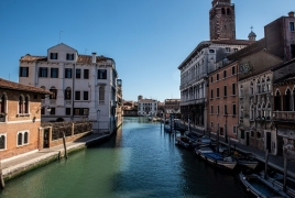 Venice canals running clear as coronavirus lockdown eases pollution