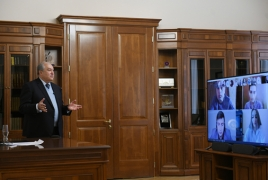 ՀՀ նախագահը թոքերի օդափոխման սարքի արտադրության առաջարկ-լուծում է ակնկալում ուսանողներից