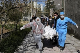 Իրանում կորոնավիրուսը կանխելու համար սպիրտ խմած 600-ից ավելի մարդ մահացել է, 3000 հոգի թունավորվել է