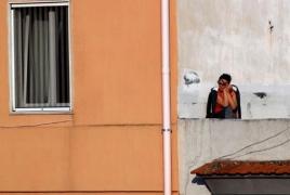 Coronavirus crisis: Italy extends lockdown by May 3