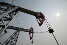 Aliyev says Azerbaijan may lose $1 bn if oil prices don't rebound