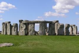 Massive neolithic ring discovered near Stonehenge