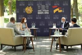 Глава фракции «Мой шаг» и посол РФ обсудили законопроект об иностранных телеканалах в РА