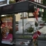 Во Франции пассажиры избили водителя автобуса за просьбу надеть маски: Он скончался