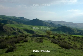 Azerbaijani army shells Armenian village with grenade launchers