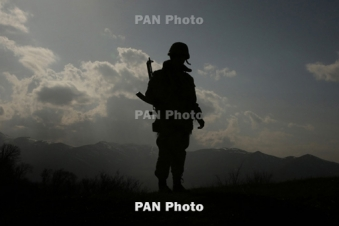 Источник: ВС Армении заняли позицию, перекрывающую пути сообщения для опорного пункта ВС Азербайджана