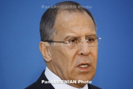 Lavrov meets Armenian, Azerbaijani community representatives
