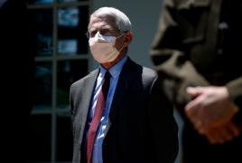 Главный инфекционист США сомневается в безопасности вакцины против Covid-19 от РФ