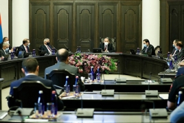 Armenia opens borders to non-citizens; extends state of emergency