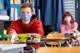 Schools in German state could expel students for not wearing masks