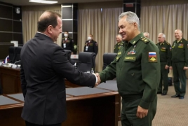 Armenian, Russian defense chiefs talk regional situation in Moscow
