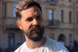 Корреспондент «Дождя» попал под азербайджанский обстрел в Карабахе