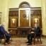 Пашинян: Армения рассматривает создание военно-политического союза с Карабахом