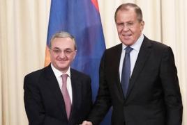 Главы МИД Армении и РФ обсудят выполнение условий прекращения огня в Карабахе
