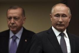 Путин выразил Эрдогану озабоченность участием террористов с войне в Карабахе