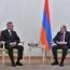 Шойгу - Пашиняну: Стоит задача недопущения кровопролития в Карабахе