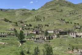 Media: Turkey transferring Turkmen, Arab families from Syria to Karabakh