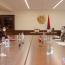 ՊՆ ղեկավարն անհետ կորածների և գերիների հարցն է քննարկել ԿԽՄԿ ներկայացուցիչների հետ