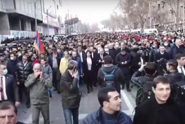 Authorities, opposition launch rallies in Yerevan