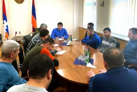 Karabakh President meets displaced civilians in Yerevan