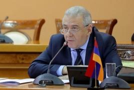 Министры обороны Армении и РФ обсудили обстановку в Карабахе